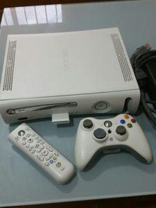 XBOX 360 BLANCA 1