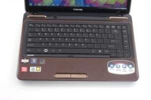 TOSHIBA SATELLITE L745D 1